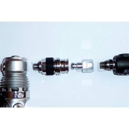 Female quick connect regulator adaptor 3/8-24