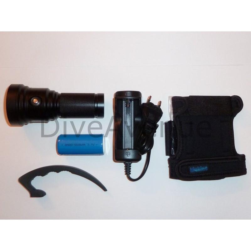 BigBlue TL2600P BLACK - 3x LED 2600Lm 10°