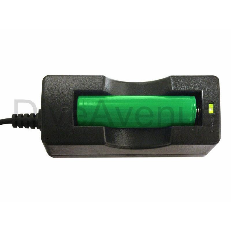 Chargeur de batterie Li-ion Bigblue BATCELL18650