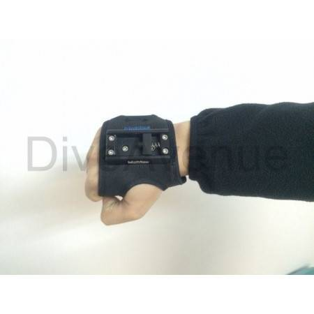 Easy release glove Bigblue with GoPro® attachement