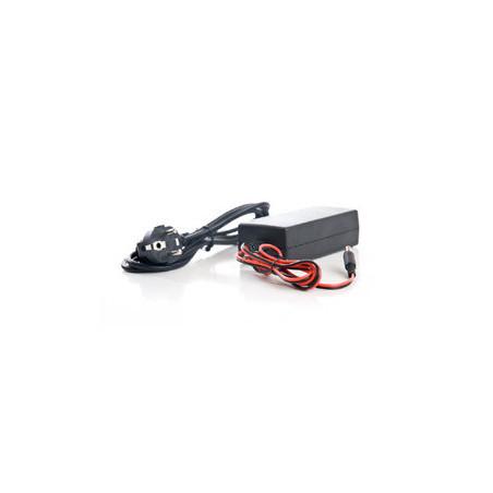 Chargeur de batterie pour phare de plongée FINNSUB
