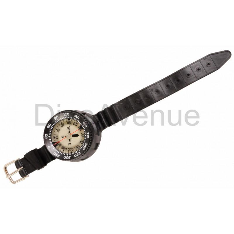 """Boussole """"tech"""" avec bracelet élastomère réglable."""