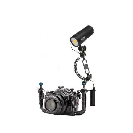 Phare de plongée vidéo Bigblue CB10000PRC à télécommande